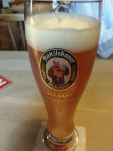 Rakouské pšeničné pivo