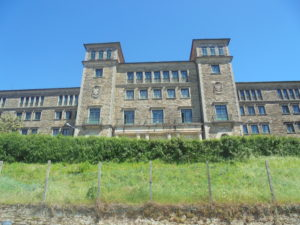 Albergue Seminario Manor